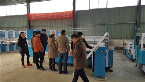 客户考察恒源纸品机械实拍